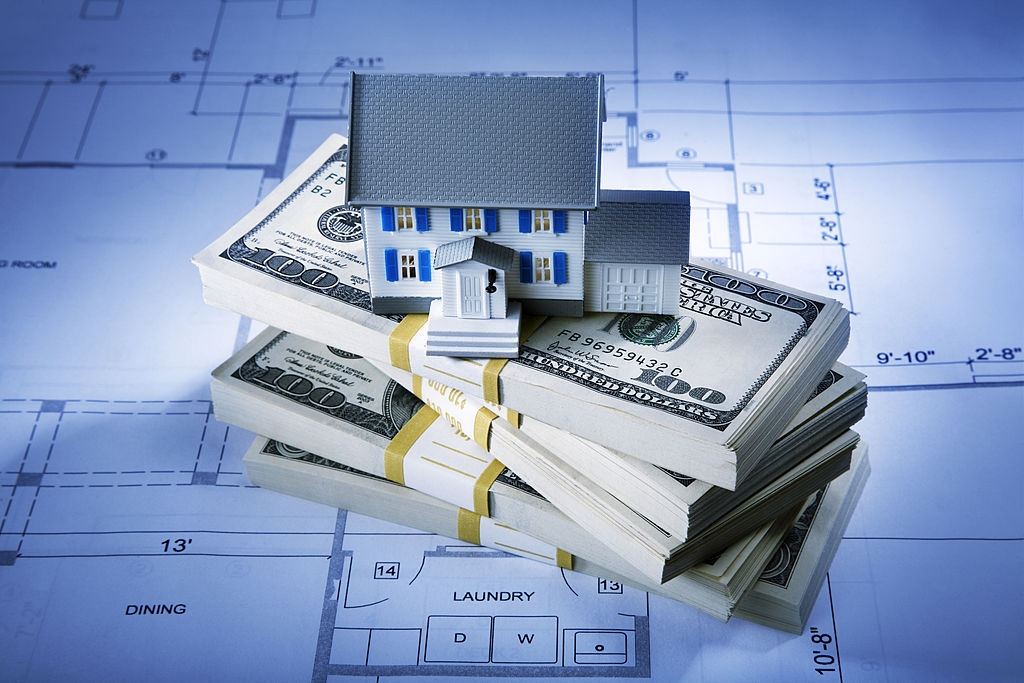 How To Avoid Overbudgeting in the Custom Home Building Process