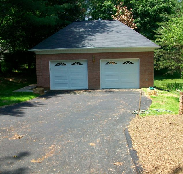Foley-homes-after-remodel-exterior-garage-15