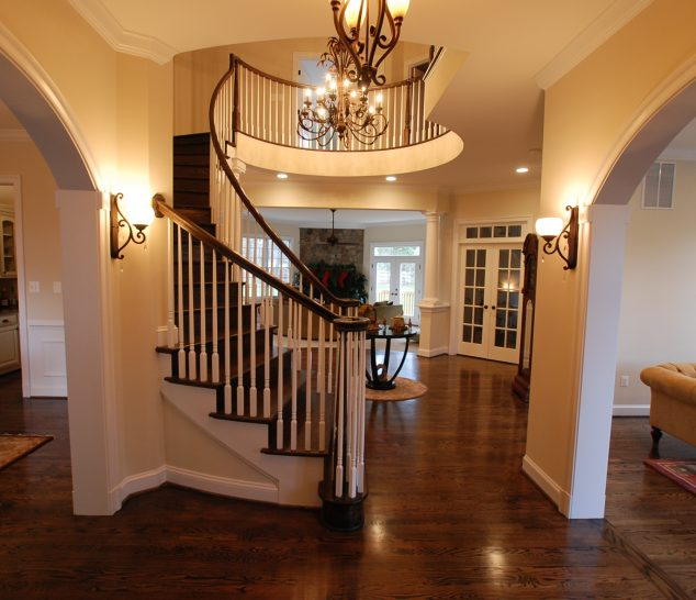 Foley-homes-interior-entryway-spiral-staircase-chandelier-15